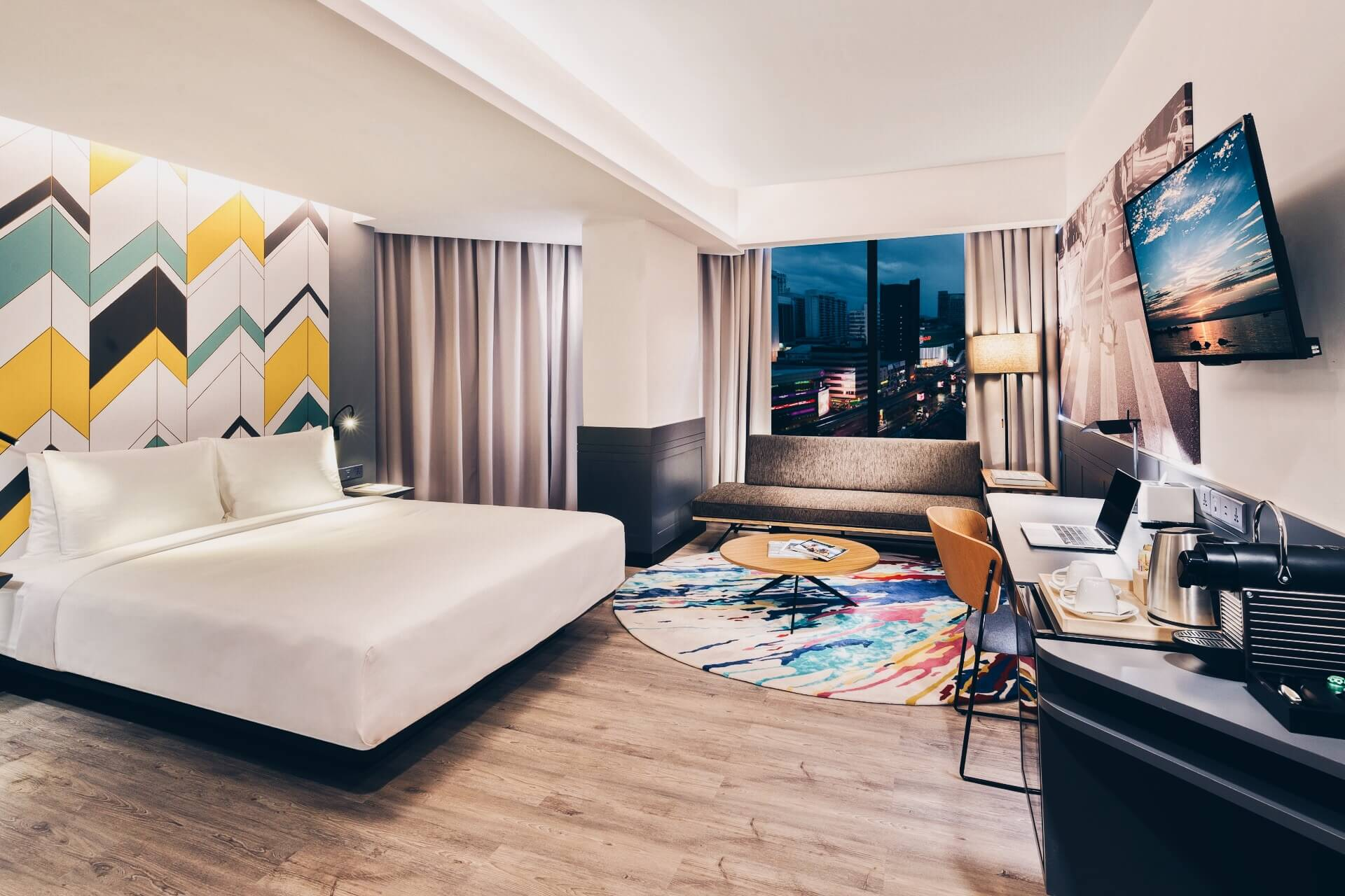 Spacious & chic Deluxe room with city views at KL Journal Hotel